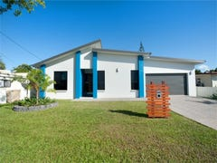3 Holts Road, Beaconsfield, Qld 4740