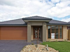 Lot 18318 Saltbush Crescent, Craigieburn, Vic 3064