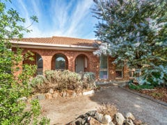 2 Medinah Close, Sunbury, Vic 3429