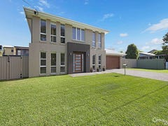27 Anderson Street, Scarborough, Qld 4020