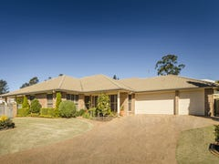 8 Paringa Close, Middle Ridge, Qld 4350