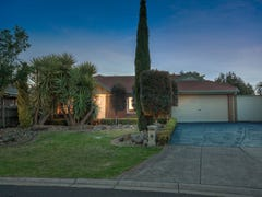 18 Santolin Drive, Hillside, Vic 3037