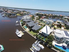 15 The Peninsula, Sovereign Islands, Qld 4216