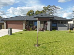 12 Robinson Court, Orange, NSW 2800
