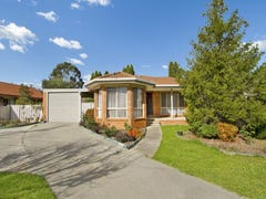 14 Powells Avenue, Strathdale, Vic 3550
