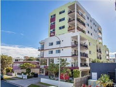 2/8 Bunton Street, Scarborough, Qld 4020