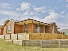8 Clifton Court, Bathurst, NSW 2795