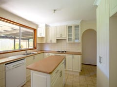 10 Shandlin Place, South Penrith, NSW 2750