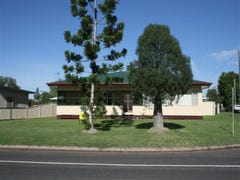 110 Northern Road, Roma, Qld 4455
