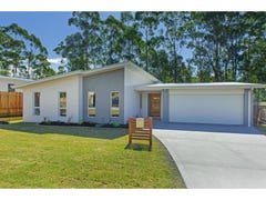 8 Koel Crescent, Port Macquarie, NSW 2444