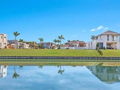 7645 Fairway Boulevard, Hope Island, Qld 4212