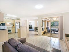 212 Napper Road, Parkwood, Qld 4214