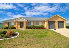 35 Emerald Drive, Kelso, NSW 2795