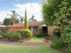 11 Inveraray Crescent, Hamersley, WA 6022