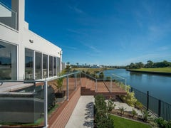 7657 Fairway Boulevard, Hope Island, Qld 4212