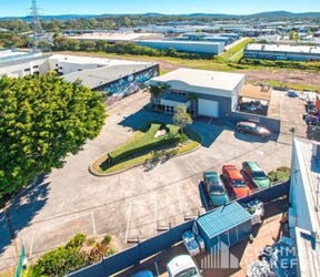 Nerang, address available on request