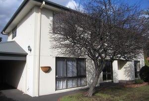 10 Yewers Avenue, Mount Eliza, Vic 3930