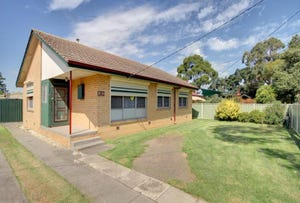 4 Laurie Street, Newport, Vic 3015