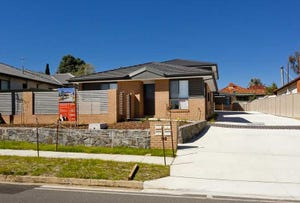 1/102 Uriarra Road, Queanbeyan, NSW 2620