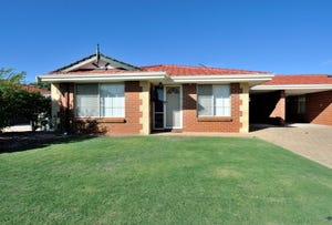 2/25 Penang Loop, Warnbro, WA 6169