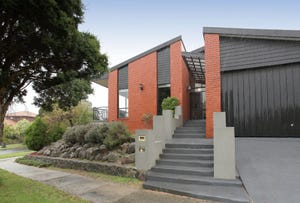1 Glebe Place, Wheelers Hill, Vic 3150