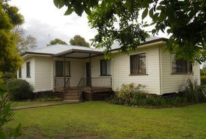 1 Tillet, Pittsworth, Qld 4356