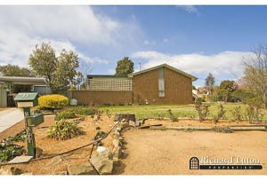 11 Burrowes Place, Wanniassa, ACT 2903
