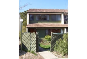 10/100 CHEWINGS STREET, Page, ACT 2614