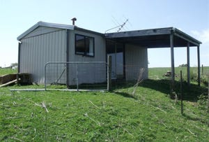 60 Christies Albert River Road, Hiawatha, Vic 3971