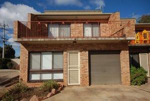 230 Wakaden Street, Griffith, NSW 2680