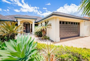 32 Oyster Cove Promenade, Helensvale, Qld 4212