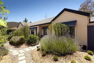 4 Burgan Grove, Jerrabomberra, NSW 2619