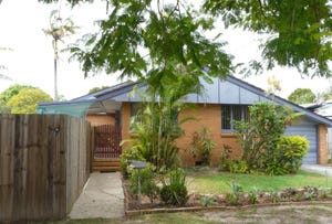 16 MEIN ST, Scarborough, Qld 4020