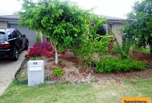 17 Peggy Road, Bellmere, Qld 4510