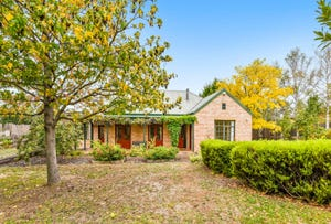 7 St Johns Circle, Richmond, Tas 7025