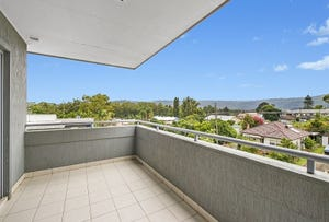 26/13-15 Moore Street, West Gosford, NSW 2250