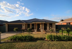 18 Quandong Place, Forest Hill, NSW 2651