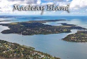 9 Cressy St, Macleay Island, Qld 4184