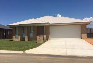 10 Paddlesteamer Court, Thurgoona, NSW 2640