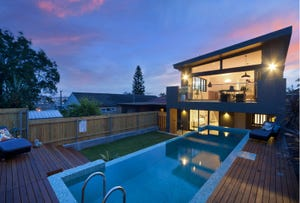 79 Griffin Road, North Curl Curl, NSW 2099