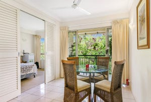 1750/2 Greenslopes Street, Cairns North, Qld 4870