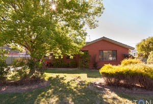 6 Donald Place, Gilmore, ACT 2905