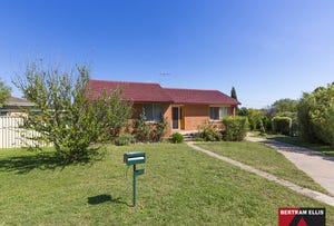 5 Roper Place, Chifley, ACT 2606