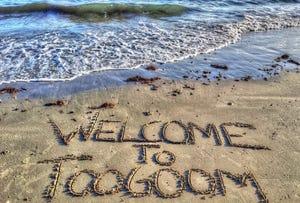 12 Sea Beach Way, Toogoom, Qld 4655