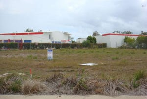 14 Southern Cross Circuit, Urangan, Qld 4655