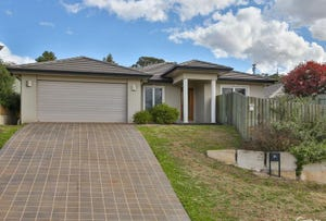 1/22 Piccadilly Court, Mount Lofty, Qld 4350