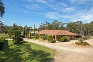 4 Evans Grove, Wandin North, Vic 3139