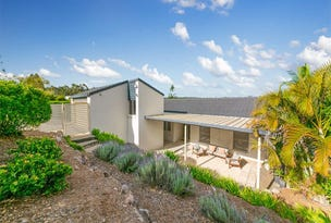 27 Hakea Crescent, Chapel Hill, Qld 4069