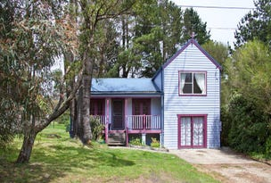 10 Row St, Blackheath, NSW 2785