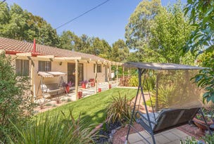 54 Degraves Crescent, Wanniassa, ACT 2903